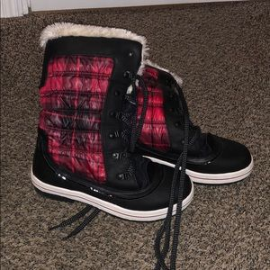 Red Plaid Furry Snow Boots!